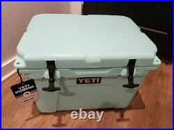 Yeti Seafoam Green 35 Tundra Cooler Limited Edition Discountinued