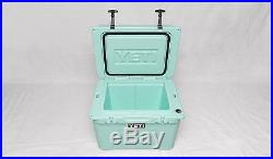 Yeti Tundra 35 Cooler Seafoam Green Limited Edition! NEW in the Box
