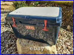 Yeti Tundra 45 Cooler Navy USA patriot RED LATCHES AND SEADEK