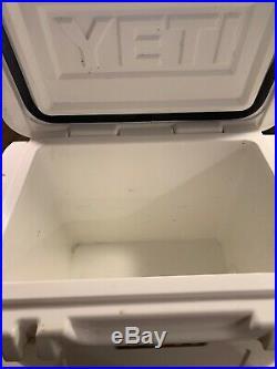 Yeti roadie 20 cooler White